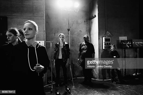 A model is seen backstage ahead of the N21 show during Milan Fashion Week Spring/Summer 2017 on September 21 2016 in Milan Italy