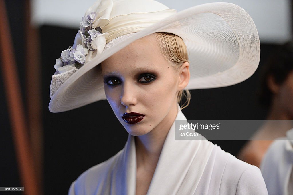 A model is seen backstage at the Tuvanam show during Mercedes-Benz Fashion Week Istanbul s/s 2014 presented by American Express on October 9, 2013 in Istanbul, Turkey.