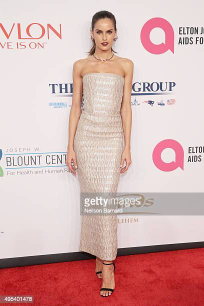 Model Izabel Goulart attends Elton John AIDS Foundation's 14th Annual An Enduring Vision Benefit at Cipriani Wall Street on November 2 2015 in New...