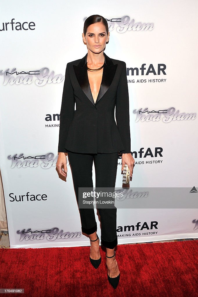 Model <a gi-track='captionPersonalityLinkClicked' href=/galleries/search?phrase=Izabel+Goulart&family=editorial&specificpeople=566749 ng-click='$event.stopPropagation()'>Izabel Goulart</a> attends the 4th Annual amfAR Inspiration Gala New York at The Plaza Hotel on June 13, 2013 in New York City.