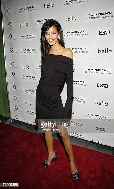 Model Jaslene Gonzalez attends the People En Espanol celebration for Alejandro Sanz the stars of 'Bella' at the Bowery Hotel on January 24 2008 in...