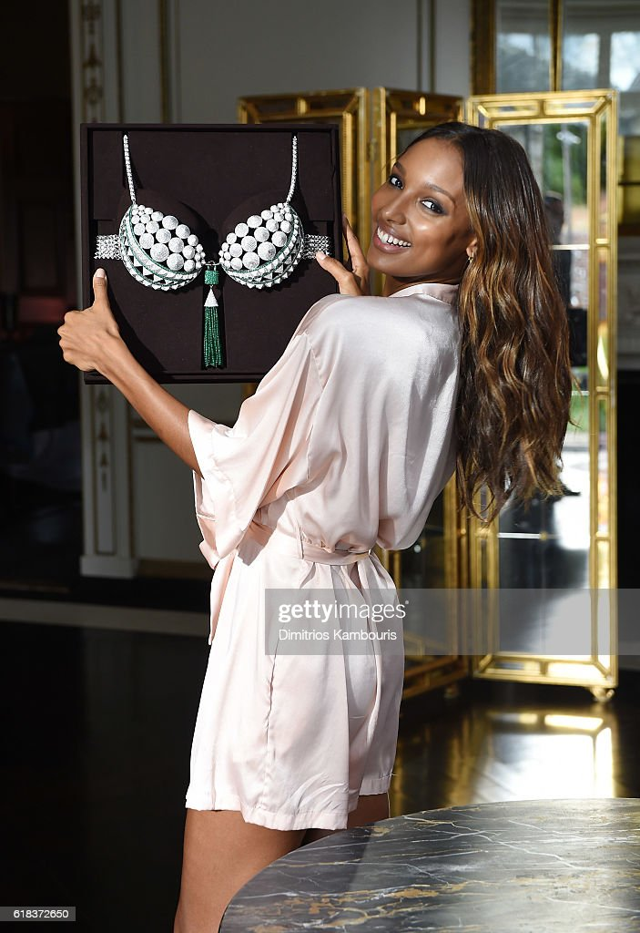 Behind The Scenes of Victoria's Secret Angel Jasmine Tookes $3 Million 2016 Bright Night Fantasy Bra Photo Shoot