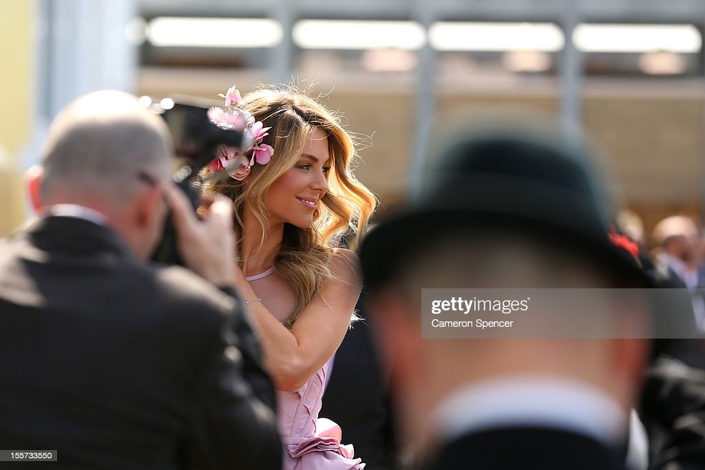 Model <a gi-track='captionPersonalityLinkClicked' href=/galleries/search?phrase=Jennifer+Hawkins&family=editorial&specificpeople=202875 ng-click='$event.stopPropagation()'>Jennifer Hawkins</a> poses in the birdcage enclosure on Crown Oaks Day at Flemington Racecourse on November 8, 2012 in Melbourne, Australia.