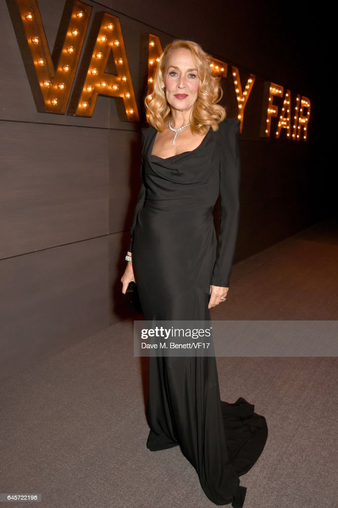 Model Jerry Hall attends the 2017 Vanity Fair Oscar Party hosted by Graydon Carter at Wallis Annenberg Center for the Performing Arts on February 26, 2017 in Beverly Hills, California.