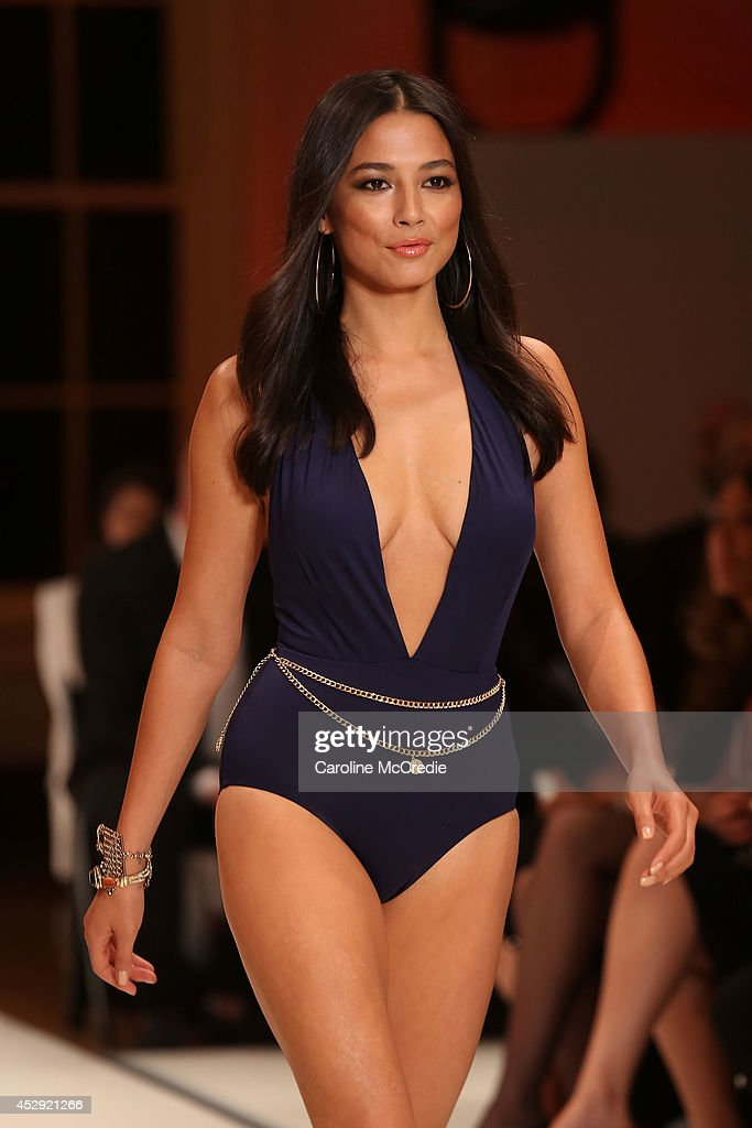 Model <a gi-track='captionPersonalityLinkClicked' href=/galleries/search?phrase=Jessica+Gomes&family=editorial&specificpeople=4319063 ng-click='$event.stopPropagation()'>Jessica Gomes</a> showcases designs by Isola at the David Jones Spring/Summer 2014 Collection Launch at David Jones Elizabeth Street Store on July 30, 2014 in Sydney, Australia.