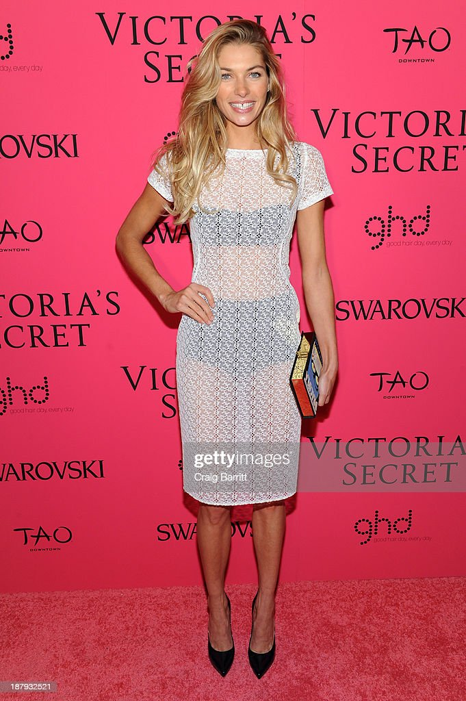 Model <a gi-track='captionPersonalityLinkClicked' href=/galleries/search?phrase=Jessica+Hart&family=editorial&specificpeople=4436555 ng-click='$event.stopPropagation()'>Jessica Hart</a> attends the 2013 Victoria's Secret Fashion after party at TAO Downtown on November 13, 2013 in New York City.