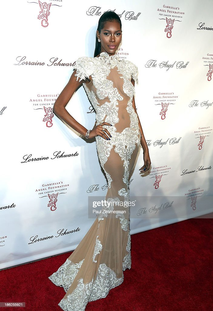 Model <a gi-track='captionPersonalityLinkClicked' href=/galleries/search?phrase=Jessica+White&family=editorial&specificpeople=220742 ng-click='$event.stopPropagation()'>Jessica White</a> attends Angel Ball 2013 at Cipriani Wall Street on October 29, 2013 in New York City.