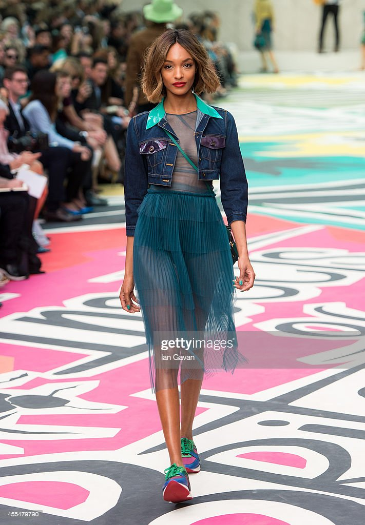 Model Jourdan Dunn walks the runway at the Burberry Prorsum show during London Fashion Week SS15 on September 15 2014 in LondonEngland