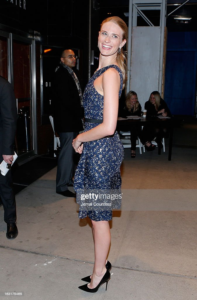 Model Julie Henderson arrives the Gucci and The Cinema Society screening of 'Oz the Great and Powerful' at the DGA Theater on March 5, 2013 in New York City.