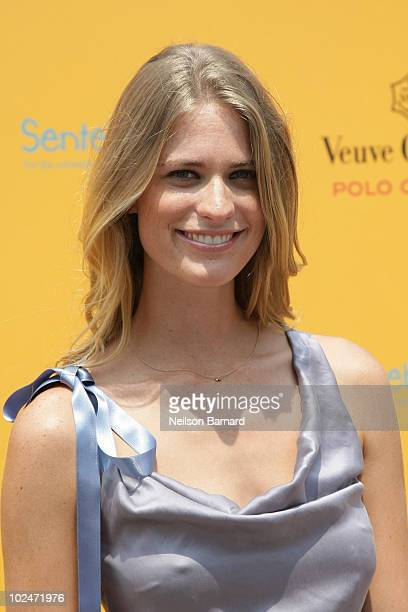 Model Julie Henderson attends the 2010 Veuve Clicquot Manhattan Polo Classic on Governors Island on June 27 2010 in New York City