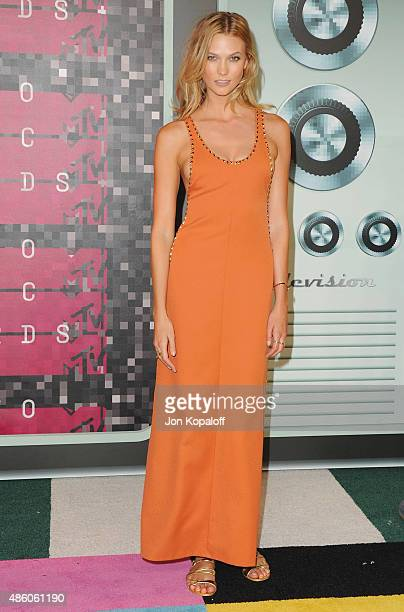 Model Karlie Kloss arrives at the 2015 MTV Video Music Awards at Microsoft Theater on August 30 2015 in Los Angeles California