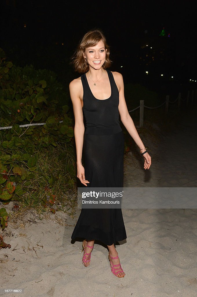 Model <a gi-track='captionPersonalityLinkClicked' href=/galleries/search?phrase=Karlie+Kloss&family=editorial&specificpeople=5555876 ng-click='$event.stopPropagation()'>Karlie Kloss</a> attends a Beachside Barbecue presented by CHANEL hosted by Art.sy Founder Carter Cleveland, Larry Gagosian, Wendi Murdoch, Peter Thiel and Dasha Zhukova at Soho Beach House on December 5, 2012 in Miami Beach, Florida.