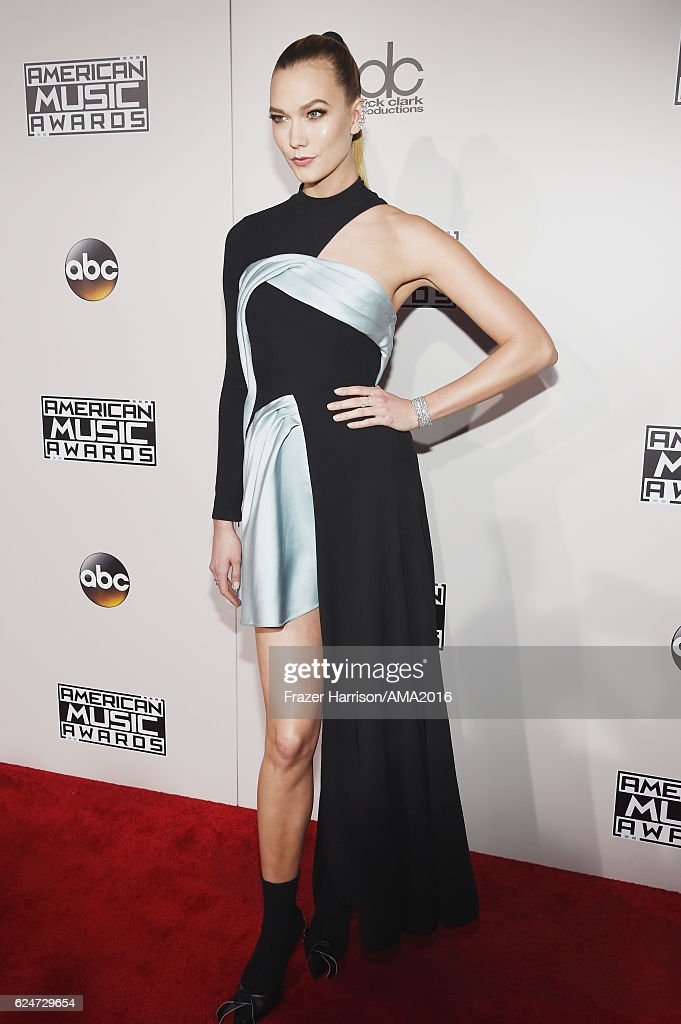 model-karlie-kloss-attends-the-2016-american-music-awards-at-theater-picture-id624729654
