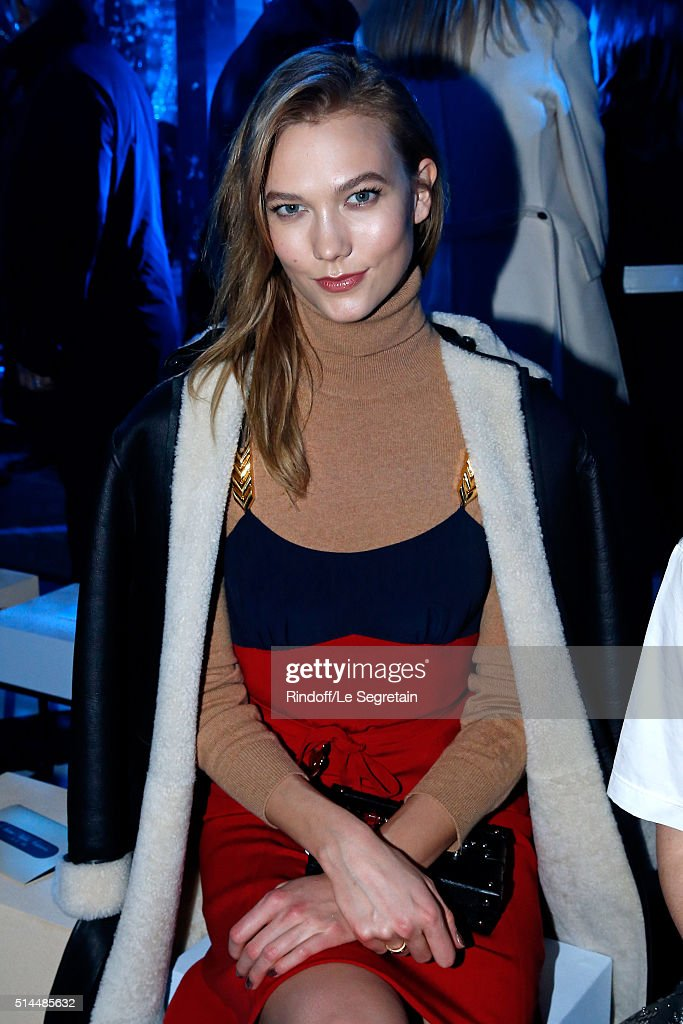 Model Karlie Kloss attends the Louis Vuitton show as part of the Paris Fashion Week Womenswear Fall/Winter 2016/2017. Held at Louis Vuitton Foundation on March 9, 2016 in Paris, France.