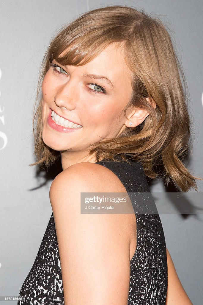 Model <a gi-track='captionPersonalityLinkClicked' href=/galleries/search?phrase=Karlie+Kloss&family=editorial&specificpeople=5555876 ng-click='$event.stopPropagation()'>Karlie Kloss</a> attends the WSJ. Magazine's 'Innovator Of The Year' Awards 2013 at The Museum of Modern Art on November 6, 2013 in New York City.