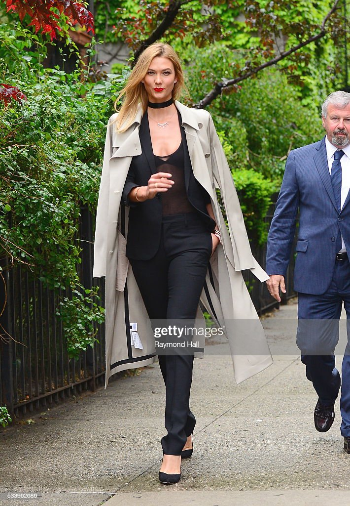 Model <a gi-track='captionPersonalityLinkClicked' href=/galleries/search?phrase=Karlie+Kloss&family=editorial&specificpeople=5555876 ng-click='$event.stopPropagation()'>Karlie Kloss</a> is seen walking in Soho on May 24, 2016 in New York City.