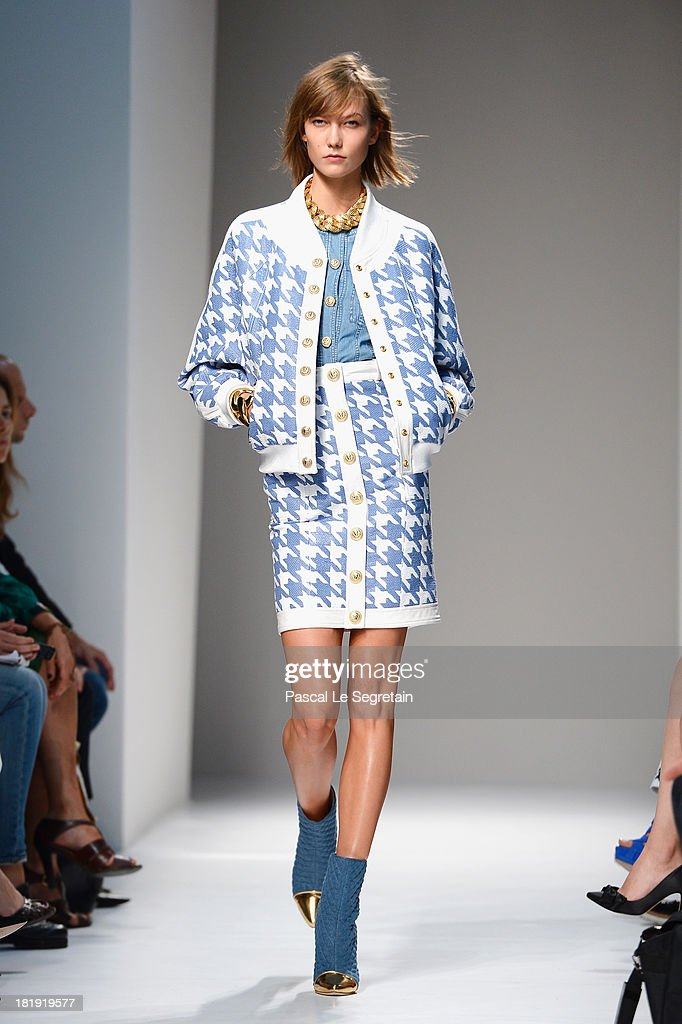Model <a gi-track='captionPersonalityLinkClicked' href=/galleries/search?phrase=Karlie+Kloss&family=editorial&specificpeople=5555876 ng-click='$event.stopPropagation()'>Karlie Kloss</a> walks the runway during Balmain show as part of the Paris Fashion Week Womenswear Spring/Summer 2013 at Grand Hotel Intercontinental on September 26, 2013 in Paris, France.