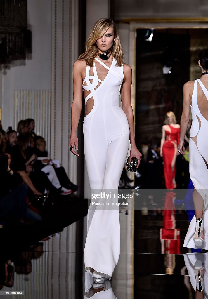 Model Karlie Kloss walks the runway during the Versace show as part of Paris Fashion Week Haute Couture Spring/Summer 2015 on January 25 2015 in...