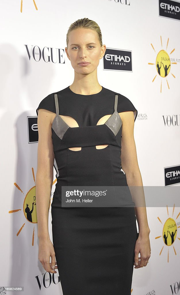 Model <a gi-track='captionPersonalityLinkClicked' href=/galleries/search?phrase=Karolina+Kurkova&family=editorial&specificpeople=202513 ng-click='$event.stopPropagation()'>Karolina Kurkova</a> attends the Dream For Future Africa Foundation's Inaugural Gala Honoring Franca Sozzani Of VOGUE Italia at Spago on October 24, 2013 in Beverly Hills, California.