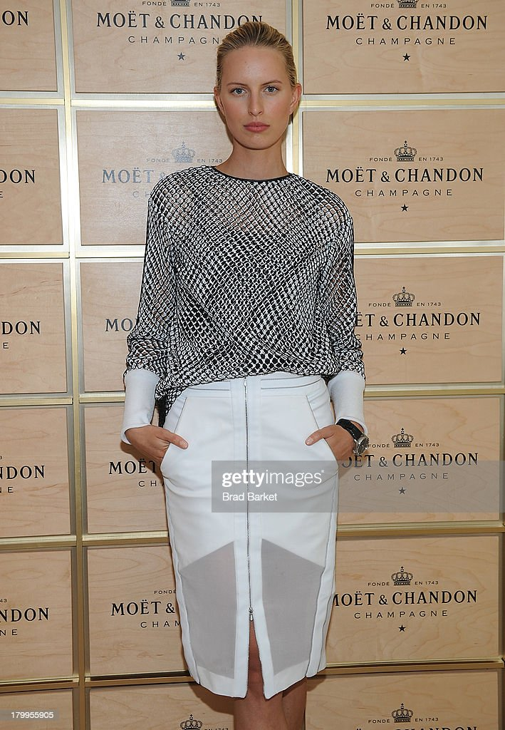 Model <a gi-track='captionPersonalityLinkClicked' href=/galleries/search?phrase=Karolina+Kurkova&family=editorial&specificpeople=202513 ng-click='$event.stopPropagation()'>Karolina Kurkova</a> attends The Moet & Chandon Suite at USTA Billie Jean King National Tennis Center on September 7, 2013 in New York City.
