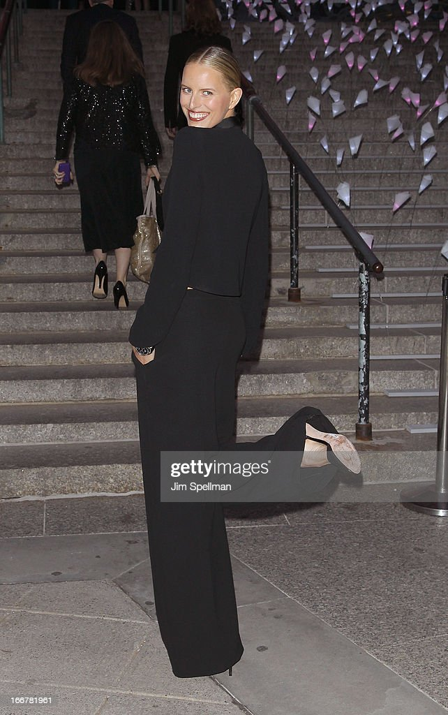 Model <a gi-track='captionPersonalityLinkClicked' href=/galleries/search?phrase=Karolina+Kurkova&family=editorial&specificpeople=202513 ng-click='$event.stopPropagation()'>Karolina Kurkova</a> attends the Vanity Fair Party during the 2013 Tribeca Film Festival at the State Supreme Courthouse on April 16, 2013 in New York City.