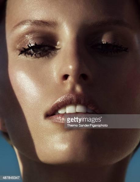 109334002 Model Karolina Kurkova is photographed for Madame Figaro on March 6 2014 on San Salvador Island Bahamas Makeup by Lancome PUBLISHED IMAGE...