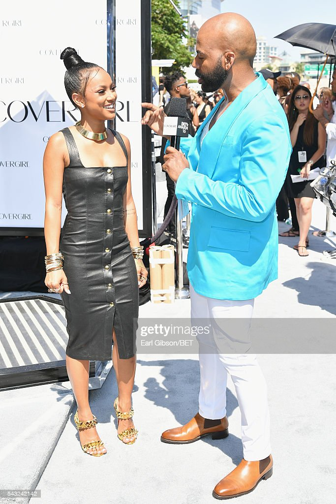 Model <a gi-track='captionPersonalityLinkClicked' href=/galleries/search?phrase=Karrueche+Tran&family=editorial&specificpeople=9447374 ng-click='$event.stopPropagation()'>Karrueche Tran</a> (L) attends the Cover Girl glam stage during the 2016 BET Awards at the Microsoft Theater on June 26, 2016 in Los Angeles, California.