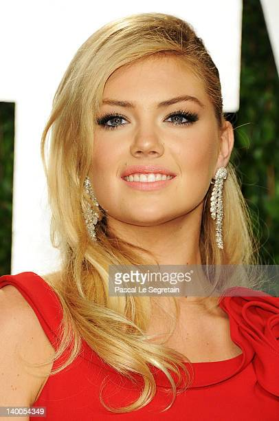 Model Kate Upton arrives at the 2012 Vanity Fair Oscar Party hosted by Graydon Carter at Sunset Tower on February 26 2012 in West Hollywood California