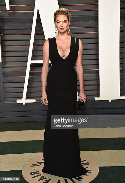 Model Kate Upton arrives at the 2016 Vanity Fair Oscar Party Hosted By Graydon Carter at Wallis Annenberg Center for the Performing Arts on February...