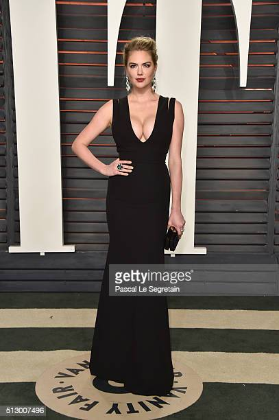 Model Kate Upton attends the 2016 Vanity Fair Oscar Party Hosted By Graydon Carter at the Wallis Annenberg Center for the Performing Arts on February...