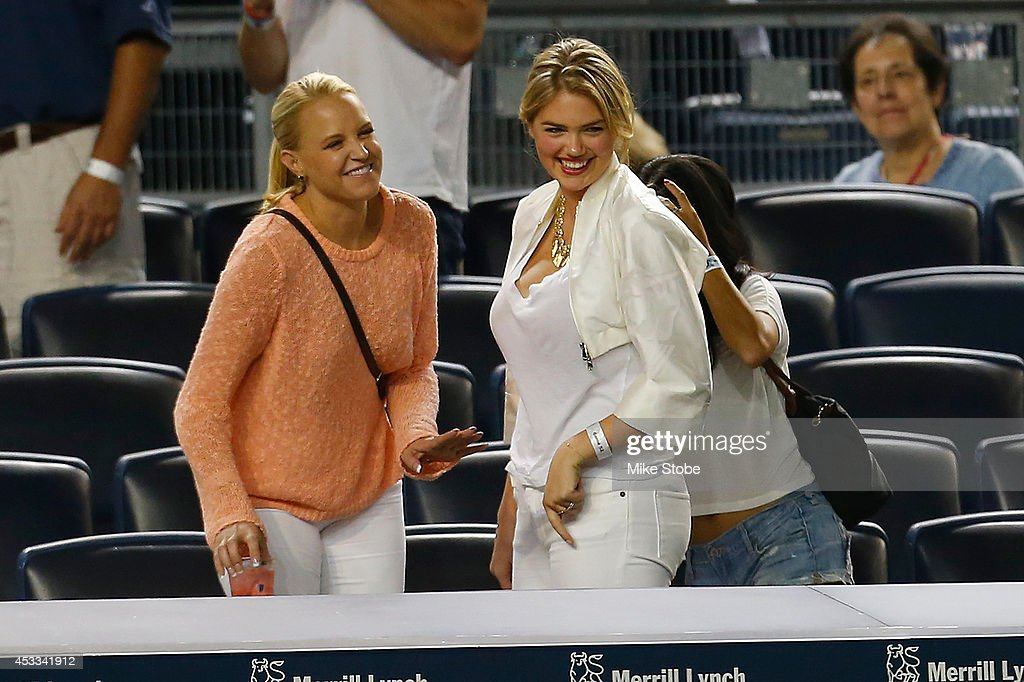 Model Kate Upton attends the game between the New York Yankees and the Detroit Tigers at Yankee Stadium on August 4, 2014 in the Bronx borough of New York City. Yankees defeated the Tigers 2-1.