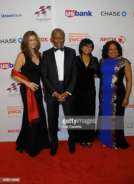 Model Kathy Ireland actor Sidney Poitier President of the Academy Of Motion Picture Arts and Sciences Cheryl Boone Isaacs and CEO of the YWCA Faye...
