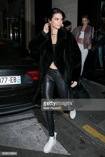 Model Kendall Jenner leaves the 'Kinugawa' restaurant on November 28 2016 in Paris France