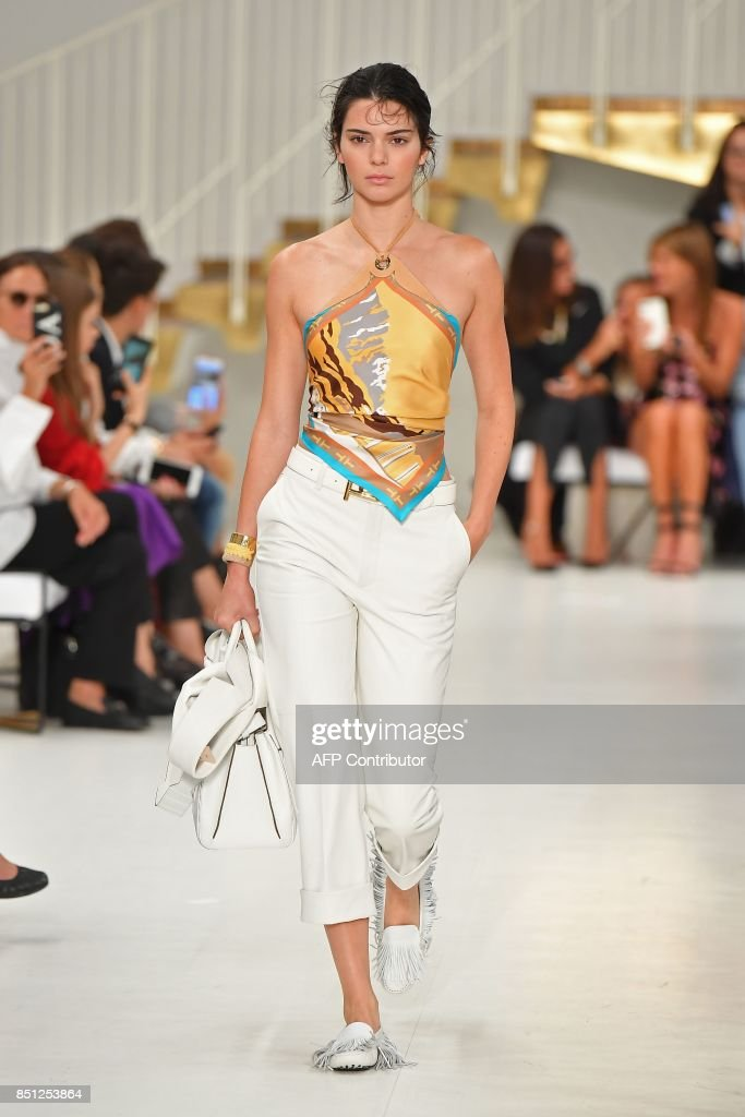 model-kendall-jenner-presents-a-creation-for-fashion-house-tods-the-picture-id851253864