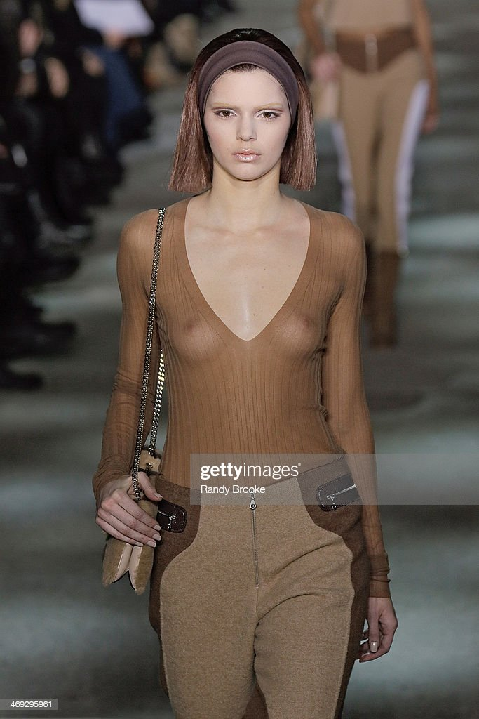 Model <a gi-track='captionPersonalityLinkClicked' href=/galleries/search?phrase=Kendall+Jenner&family=editorial&specificpeople=2786662 ng-click='$event.stopPropagation()'>Kendall Jenner</a> walks the runway at Marc Jacobs during Mercedes-Benz Fashion Week Fall 2014 at Lexington Avenue Armory on February 13, 2014 in New York City.
