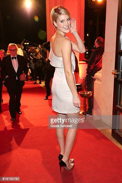 Model Kim Hnizdo gntm during the Hessian Film and Cinema Award at Alte Oper on October 21 2016 in Frankfurt am Main Germany