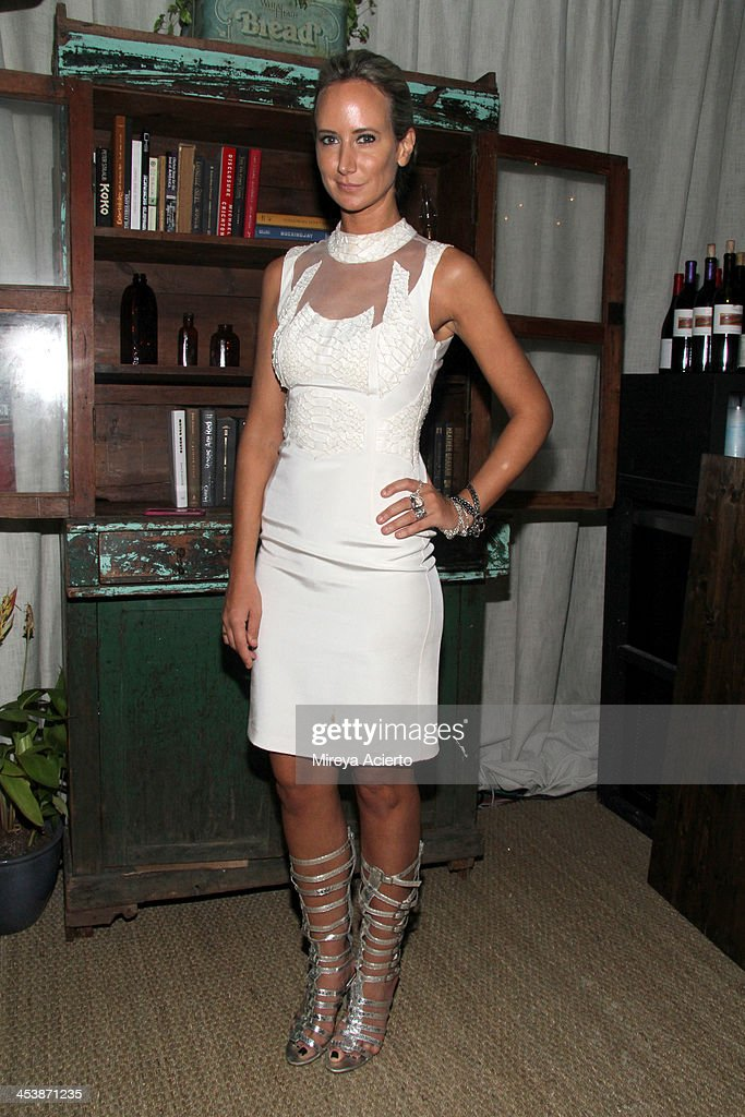 Model Lady <a gi-track='captionPersonalityLinkClicked' href=/galleries/search?phrase=Victoria+Hervey&family=editorial&specificpeople=208911 ng-click='$event.stopPropagation()'>Victoria Hervey</a> attends the Artsy celebration for CalArts' John Baldessari Studios, with Audi, Valentino, and Vhernier at Soho Beach House on December 5, 2013 in Miami Beach, Florida.