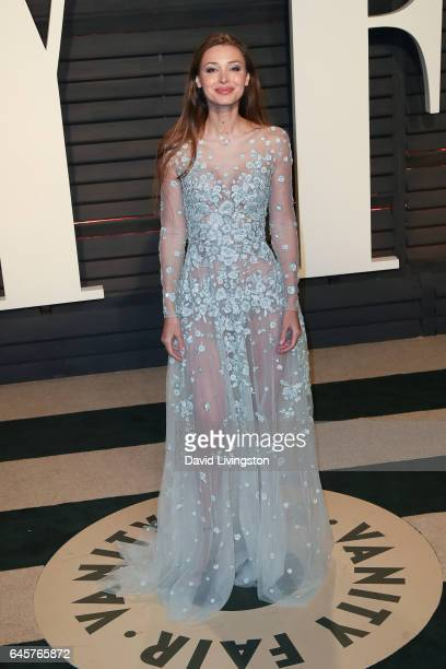 Model Lara Lieto attends the 2017 Vanity Fair Oscar Party hosted by Graydon Carter at the Wallis Annenberg Center for the Performing Arts on February...