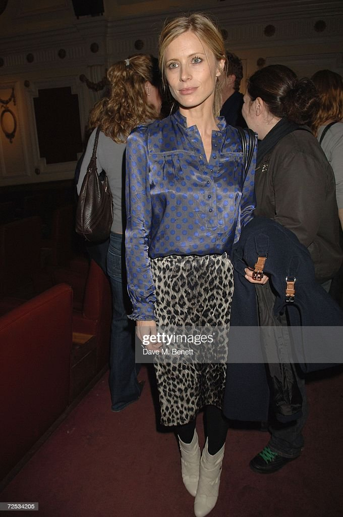 Model Laura Bailey attends the Motorola Grand Classics Movie Night at the Electic Cinema on November 13 2006 in London England British Designer of...