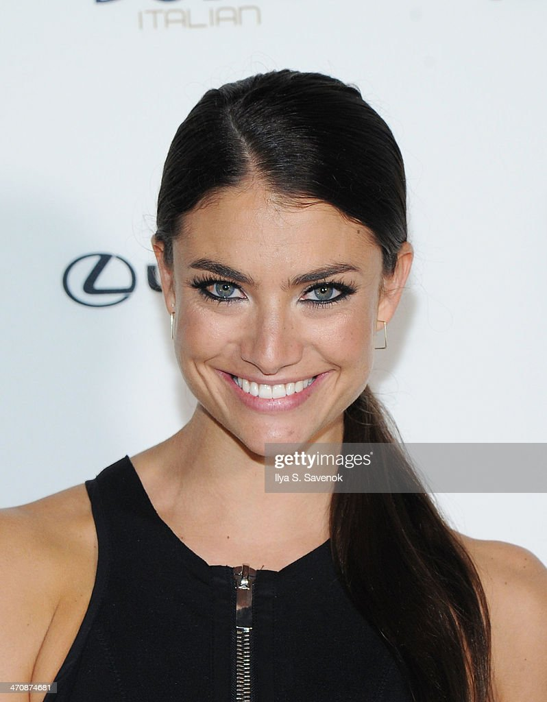 Model Lauren Mellor arrives at SI Swimsuit South Beach Soiree at The Gale South Beach on February 20, 2014 in Miami Beach, Florida.
