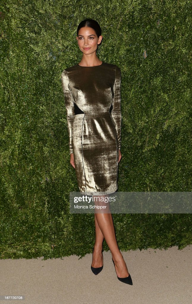Model <a gi-track='captionPersonalityLinkClicked' href=/galleries/search?phrase=Lily+Aldridge&family=editorial&specificpeople=2110490 ng-click='$event.stopPropagation()'>Lily Aldridge</a> attends CFDA and Vogue 2013 Fashion Fund Finalists Celebration at Spring Studios on November 11, 2013 in New York City.