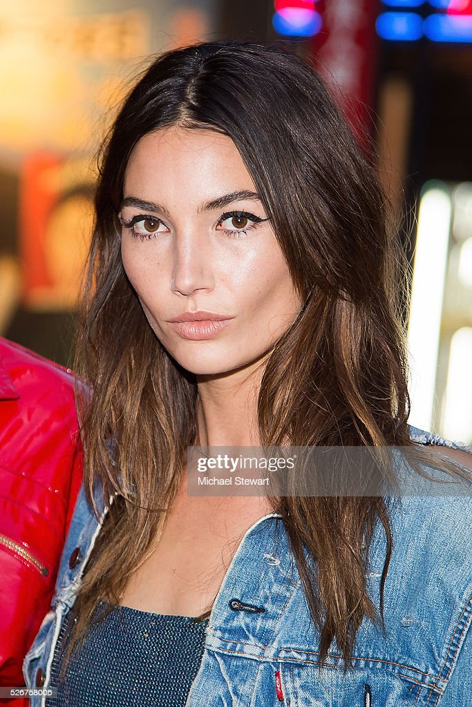 Model Lily Aldridge attends the Vogue.com Met Gala cocktail party at Search & Destroy on April 30, 2016 in New York City.