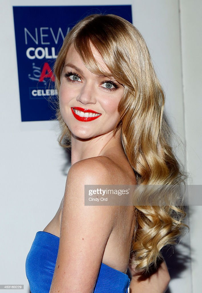 Model <a gi-track='captionPersonalityLinkClicked' href=/galleries/search?phrase=Lindsay+Ellingson&family=editorial&specificpeople=4248292 ng-click='$event.stopPropagation()'>Lindsay Ellingson</a> attends the Winter Ball for Autism at Metropolitan Museum of Art on December 2, 2013 in New York City.