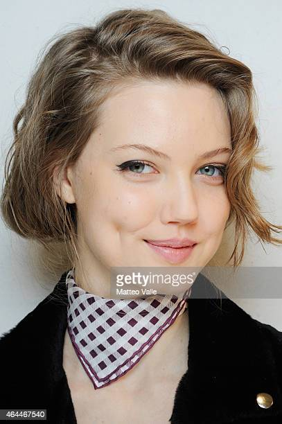 A model Lindsey Wixson is seen backstage ahead of the Max Mara show during the Milan Fashion Week Autumn/Winter 2015 on February 26 2015 in Milan...