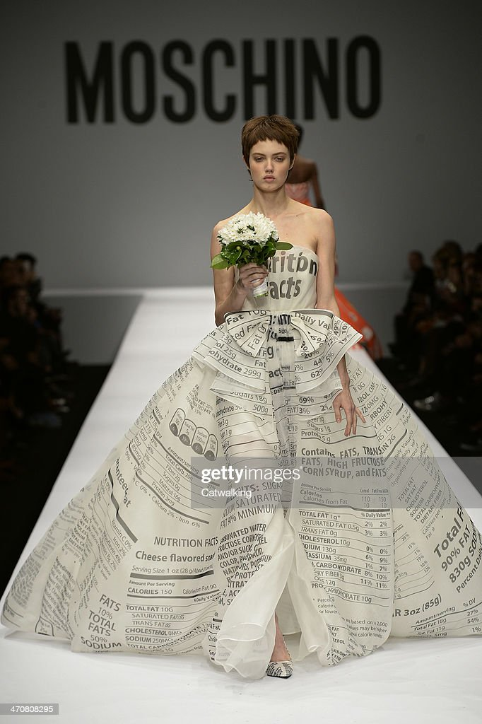 Model <a gi-track='captionPersonalityLinkClicked' href=/galleries/search?phrase=Lindsey+Wixson&family=editorial&specificpeople=6876942 ng-click='$event.stopPropagation()'>Lindsey Wixson</a> walks the runway at the Moschino Autumn Winter 2014 fashion show during Milan Fashion Week on February 20, 2014 in Milan, Italy.