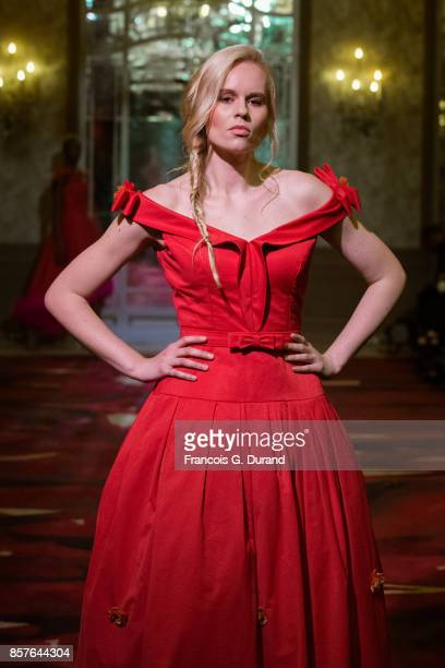 Model linnbsabo walks the runway during the Montaha Couture show as part of the Paris Fashion Week Womenswear Spring/Summer 2018 on October 4 2017 in...