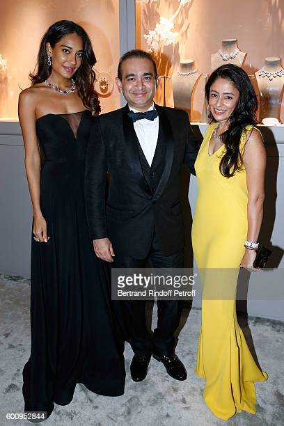 Model Lisa Haydon jeweller Nirav Modi and Aarti Surendranath attend the 28th Biennale des Antiquaires PreOpening at Grand Palais on September 8 2016...