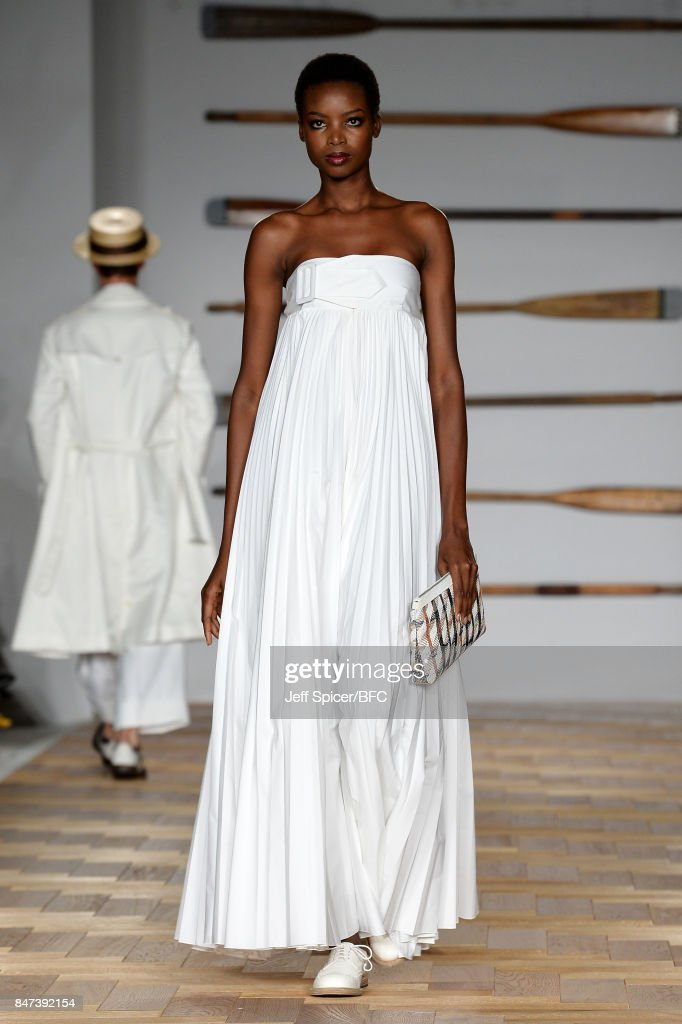 Model Maria Borges walks the runway at the DAKS show during London Fashion Week September 2017 on September 15, 2017 in London, England.