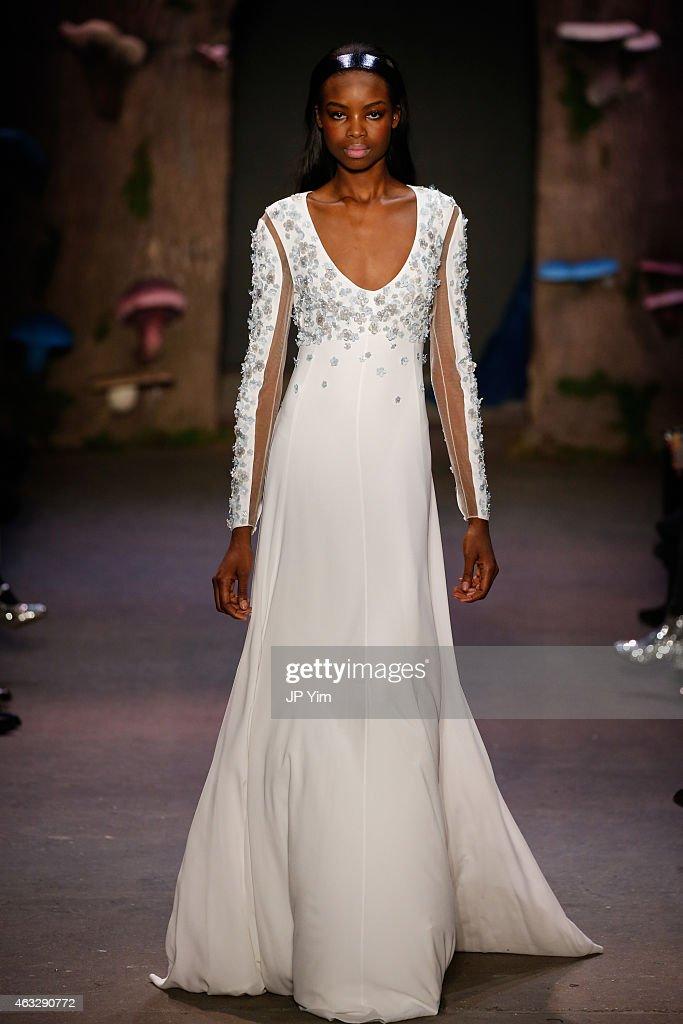 Honor - Runway - Mercedes-Benz Fashion Week Fall 2015