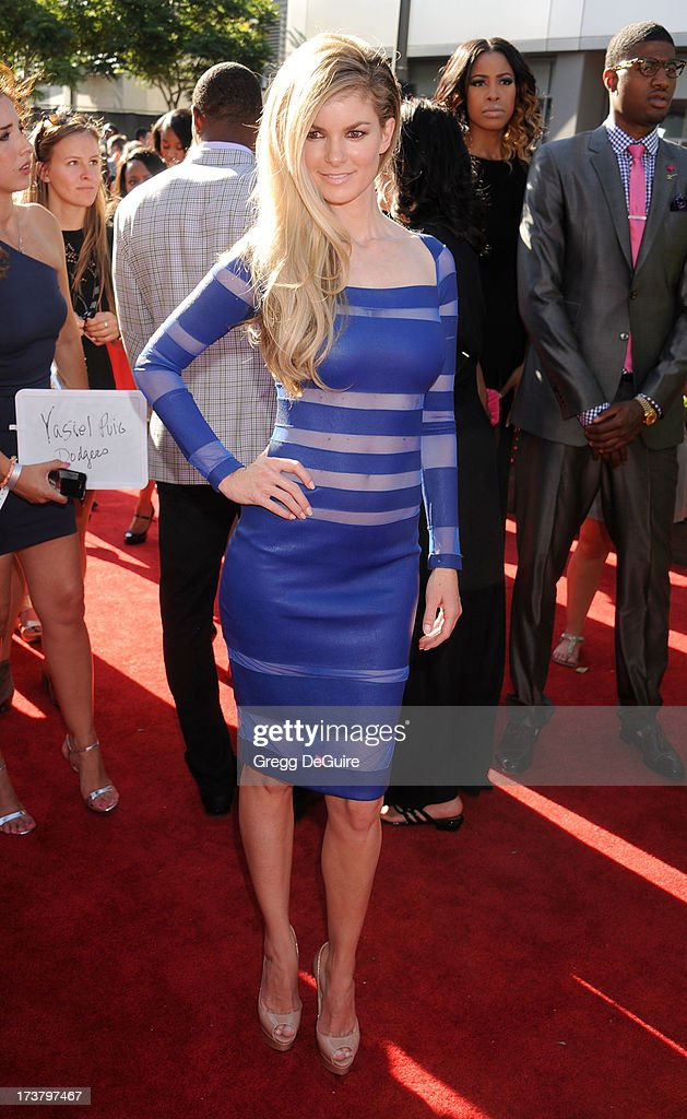 Model Marisa Miller arrives at the 2013 ESPY Awards at Nokia Theatre L.A. Live on July 17, 2013 in Los Angeles, California.